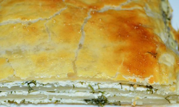 слоеный пирог с творогом
